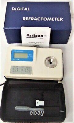 Artisan Model HR200.002 Portable/Digital Refractometer Lab Equipment Medical
