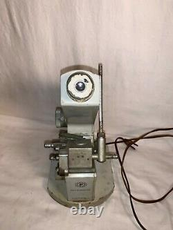 Fisher Scientific REFRACTOMETER Vintage Medical lab equipment Powers on Works
