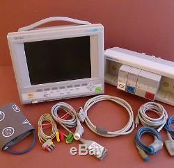 HP/Agilent V 24C Patient Monitor+SpO2, ECG, NIBP Modules+Module Rack+ECG. SpO2, NIBP