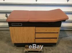Joerns 987H Exam Table, Medical, Healthcare, Examination Equipment, Furniture