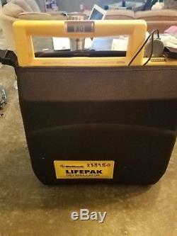 Lifepak 500 defibrillator + Protective case + Brand new Battery + Adult pads