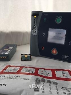 PHILIPS HEARTSTART FR2+ defib AED Battery DP Pads Electrodes