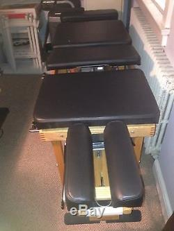 Thuli Tour Portable Chiropractic Adjusting Table Massage