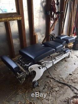 Zenith 210 Hylo Chiropractic Adjusting Table